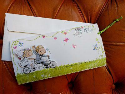 Partecipazione sposi in bicicletta