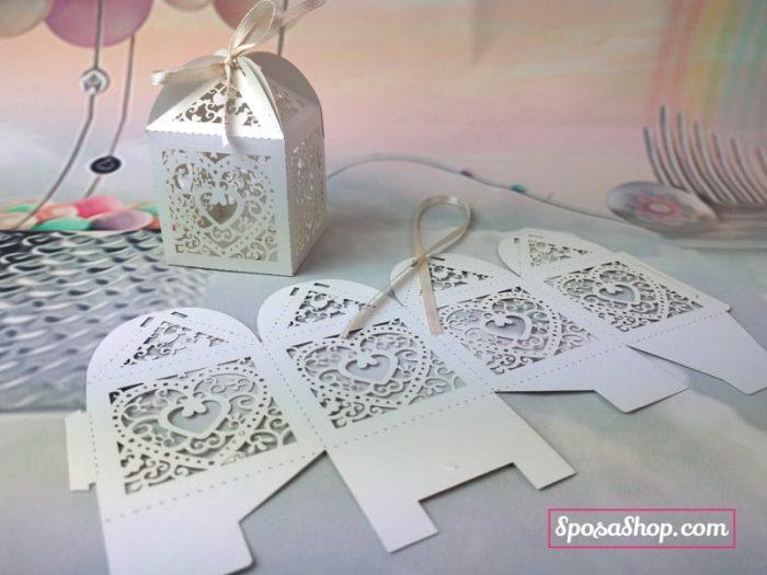 Scatolina di carta portaconfetti taglio laser
